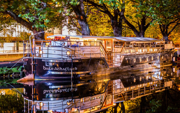 MV Cadhla at night time - Canal Boat Restaurant